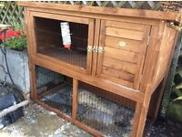 Rabbit hutch, nearly new and only used for 2 days.