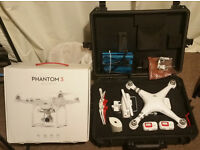 DJI Phantom 3 Advanced Drone/Quadcopter - Extra Batteries, Hard Case + Accessories