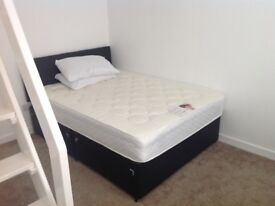 Double bedroom available in shared house,Lichfield (Oakenfield)