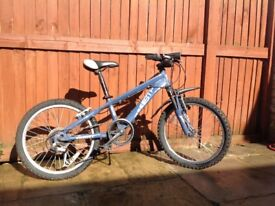 Used kids bicycle in very good condition, 20 inch frame, colour: blue, Shimano gears