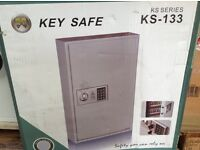 Key Safe for Secure Storage of Vehicle Keys