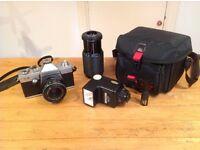 35mm L2 Praktica camera, case, zoom lense & flashgun