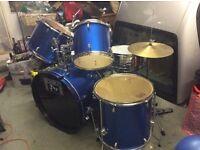 Drum kit / session pro 7 Peice Drum kit in excellent condition