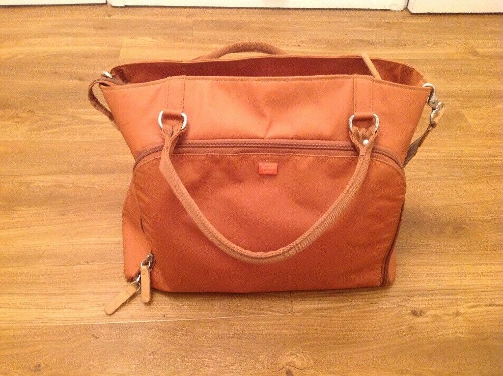 Pacapod Mirano Change Bag - Tan - Great Used condition