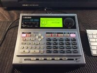 BOSS Dr Rythm DR-880 Drum Machine with Bass in excellent condition