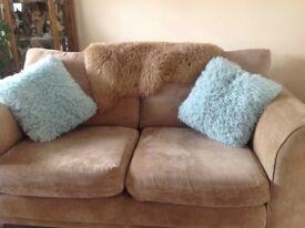 2 sofas 3 seats