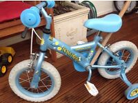 Apollo honey bee kids bike with 12.5 inch wheels with stabilizers