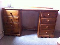 Pine drawers desk