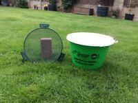 Ground bait bucket