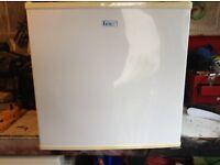 New Lec table top freezer