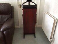Corby 4400 mahogany trouser Press