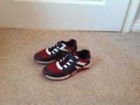 Clarks Boys Trainers size 11E (£4)