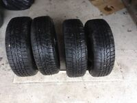 Set of 4 steel wheels and tyres for Renault Clio