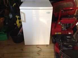 Under counter Fridge in working order ideal for garage or shed buyer collects