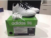 Adidas junior Adicross UK size 5 white/black golf shoes