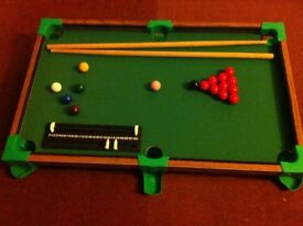 Childrens table top snooker game