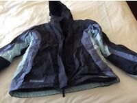 Unisex navy ski jacket age 14 Convert good condition with internal waist band