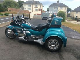 Honda Goldwing Trike, 1991, 1500cc, colour Teal, petrol,118000 MLS, 5 speed manual, reverse gear.