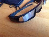 Toshiba 3D active glasses