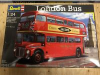 Revell 1:24 Scale London Bus Plastic Kit New Sealed in Retail Box