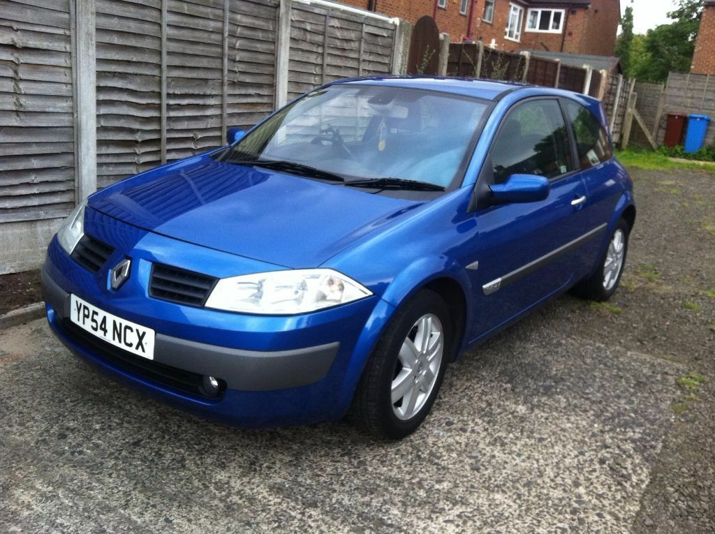 2004 54 renault megane 1 4 dynamique 16v blue 3 door hatchback with full service history in. Black Bedroom Furniture Sets. Home Design Ideas