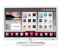 "LG 26"" SMART LED HD TV FREEVIEW WIFI YOUTUBE ETC"