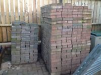 Approx 2000 brindle pavers 200x100x50