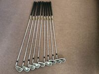 Lynx golf clubs. 9 irons. Men's right hand