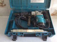 Makita HM0810T Demolition Hammer