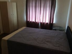 *NO FEES* 1x Large Double Room To Rent in Chatham, ME4 @£410PCM.