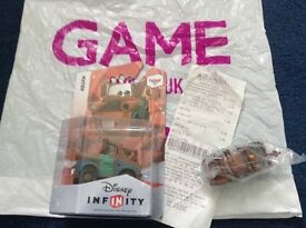 Disney Infinity Cars Mater and Mater toy car
