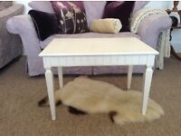lovely ivory solid coffee table excellent condition