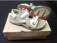 North face walking sandals size 41