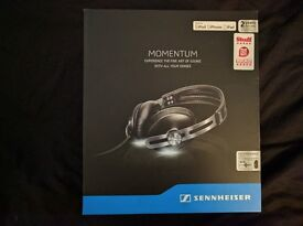 Sennheiser MOMENTUM Headband Headphones - Black - MINT CONDITION