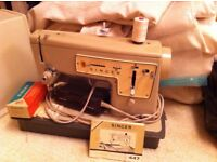 Retro Singer 447 Electric Sewing Machine