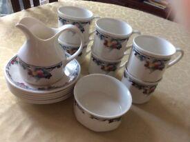 Royal Doulton autumn glory 6 teacups and saucers with milk jug and sugar bowl