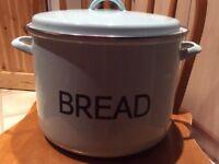 Judge enamel bread bin