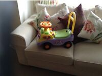 Pooh bear sit & ride toy in excellent condition