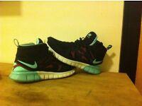 Nike free run mid 2 trainers