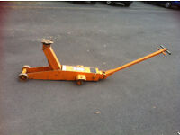 EPCO 5 TON CAR & HEAVY PLANT JACK , RECONDITIONED IN PERFECT WORKING ORDER - CAN PALLET