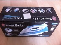 Russell Hobbs Steamglide Iron with box ceramic sole plate steam control waterspray good condition