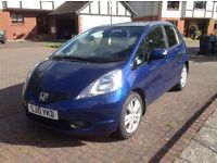 Honda Jazz 1.4 EX I-VTEC 2010 Top of the range model, low mileage and in excellent condition.