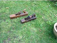 2 vintage wooden box planes