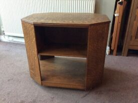 Oak T.V Stand with front and side shelves £15