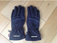 Windstopper gloves size M