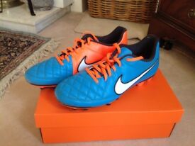 Nike Tempo adult football boots size 9.5