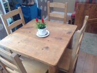 Solid Oak Cottage Style Table with 4 Chairs