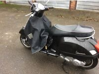 Vespa gts 125 in black 2009reg 2 owners from new