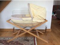 Moses basket mamas and papas, great condition