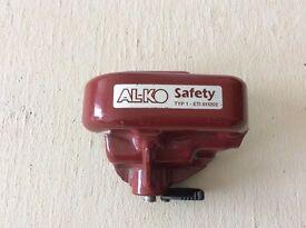 ALKO safety hitch lock